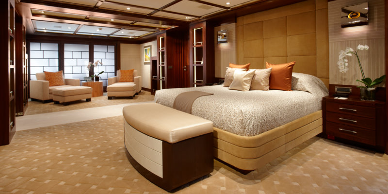 04_Trident_luxury_motor_yacht_charter